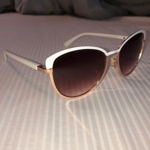 Jessica Simpson White and Rose Gold Sunglasses